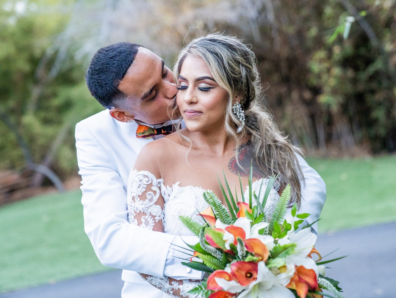 Paradise Falls Oceanside Wedding By Image In Love